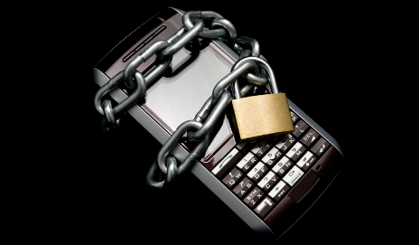 Mobile with PDA locked up, in black