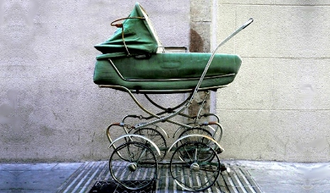 Old-fashioned pram