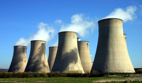 Energy tariffs: large cooling towers at a power station