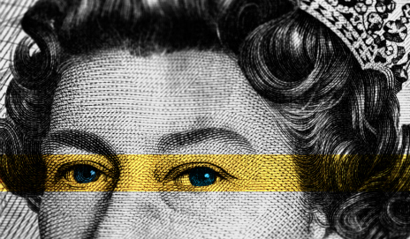 Bank note with the Queen's eyes highlighted